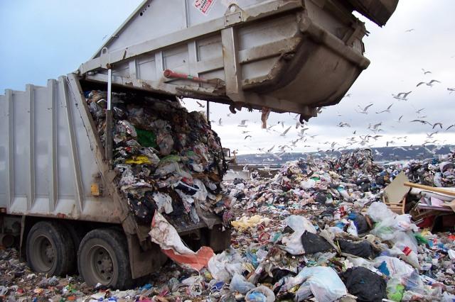 Fashion Landfills 1