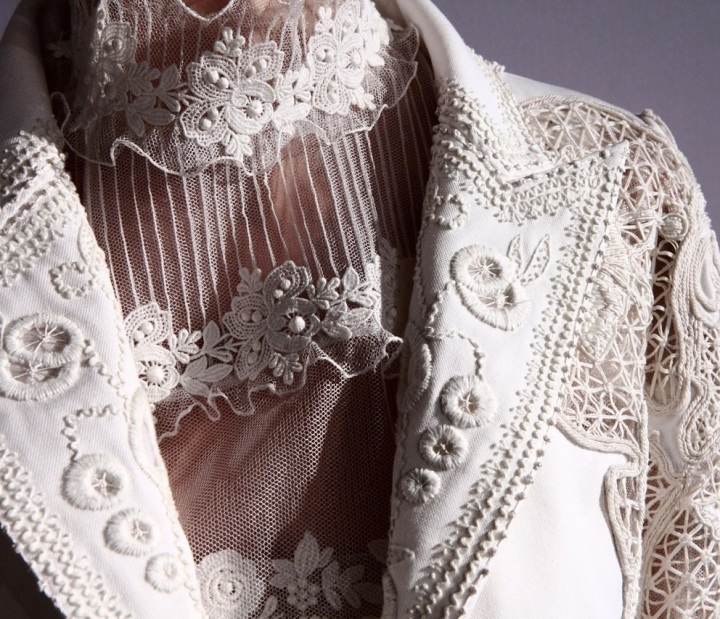 lace couture