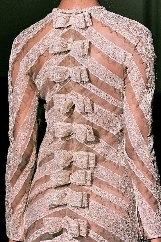 lace valentino couture