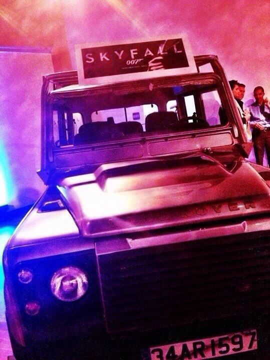 james bond land rover defender